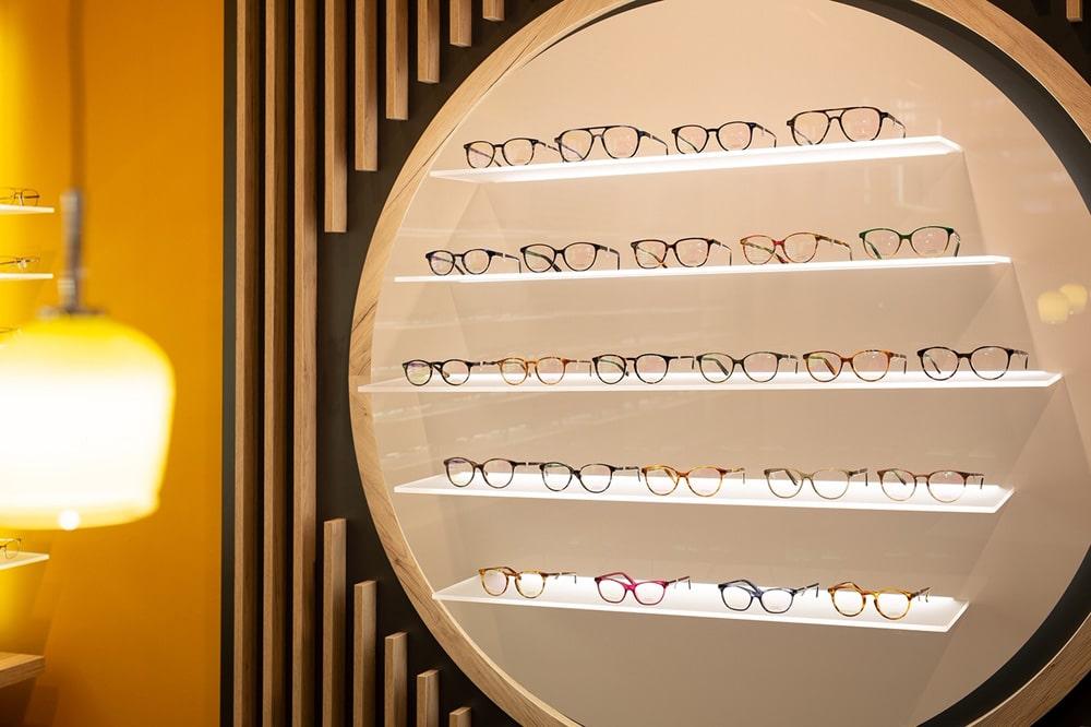 Große Brillenauswahl im Optikhaus Krefeld